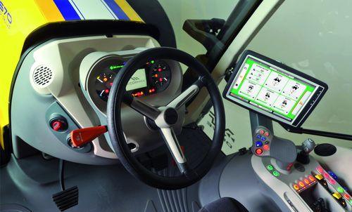 argo-tractors_mccormick_interno-cabina-x7-670